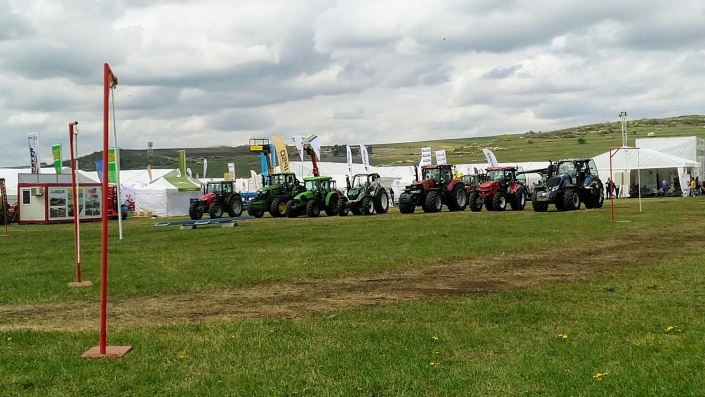 demonstratii-cu-masini-agricole-la-agraria-2019